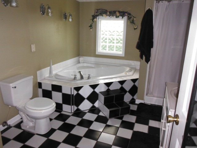 224 E. Center St., Hartford, KY, 42347: Photo 6