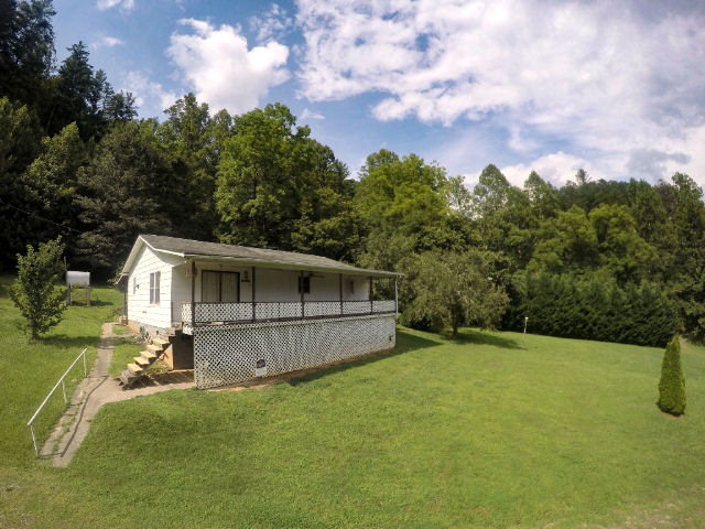 130 conner road bryson city nc for sale 105 000 for Conner home