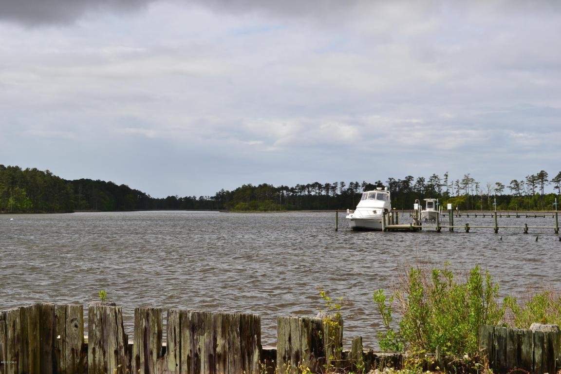 128 Tarpon Way, Beaufort, NC, 28516 -- Homes For Sale