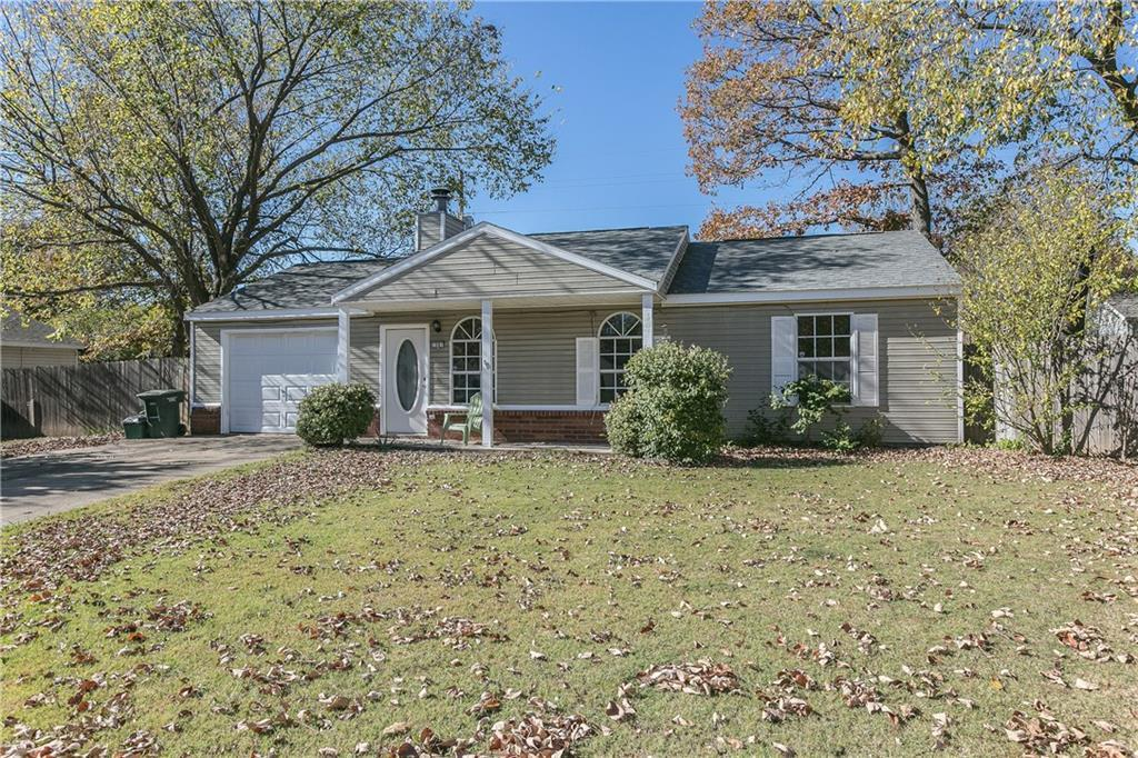 1681 n timberridge ct fayetteville ar for rent 895 for Home builders in fayetteville ar