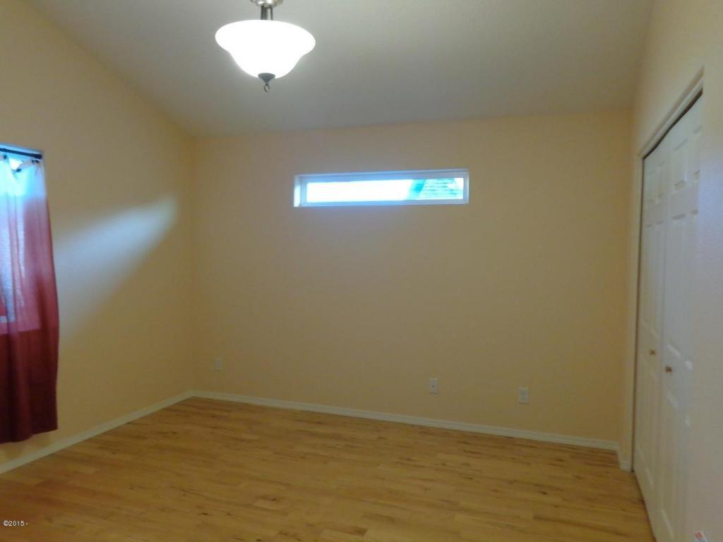 955 Nw Spring, Newport, OR, 97365: Photo 30