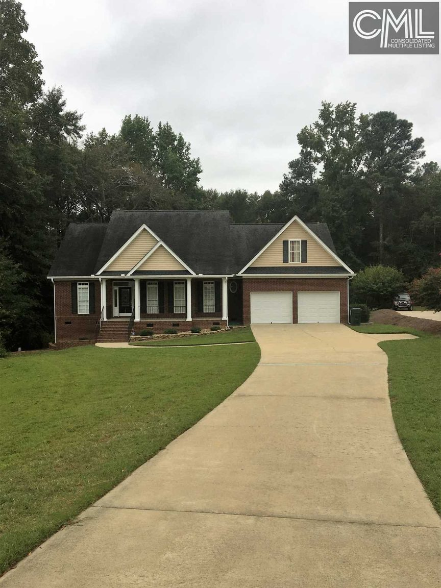 305 Vista Springs Circle Lexington Sc For Sale 308 500