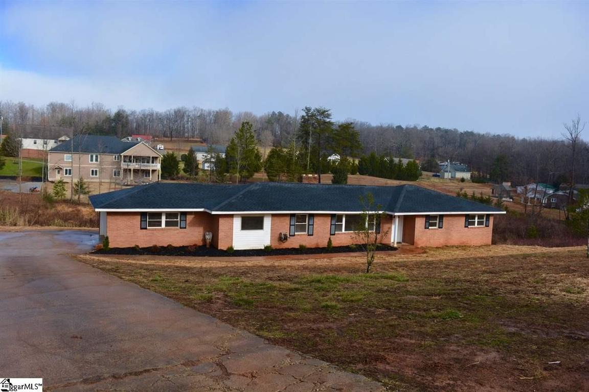 3895 berry mill road greer sc 29651 for sale for Home builders greer sc