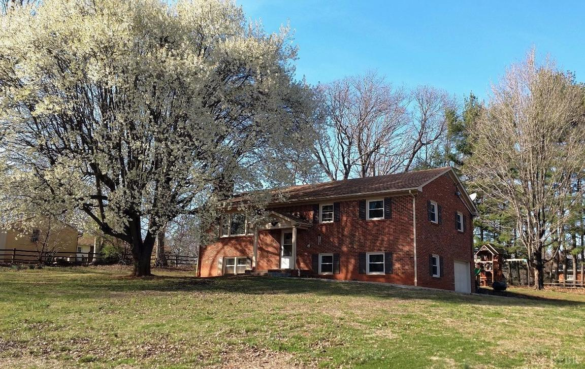 83 Irma Drive Lynchburg Va For Sale 179 900