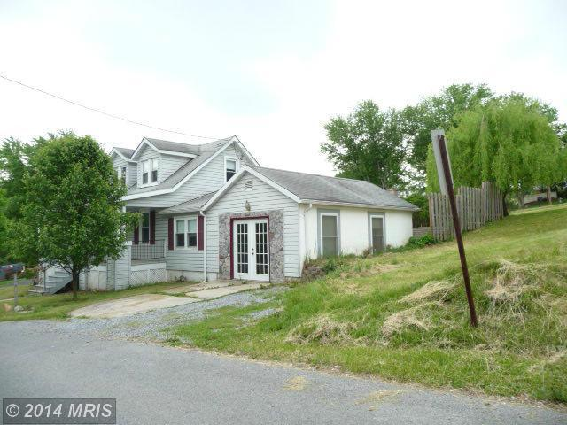 19 Brent St, Hancock, MD, 21750 -- Homes For Sale