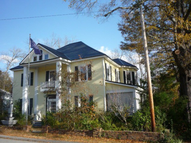 107 Haigler, Abbeville, SC, 29620 -- Homes For Sale