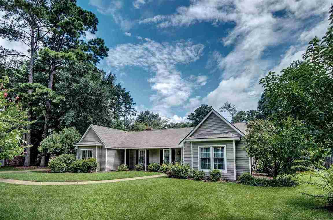 204 East Lake Dr Brandon Ms For Sale 169 000