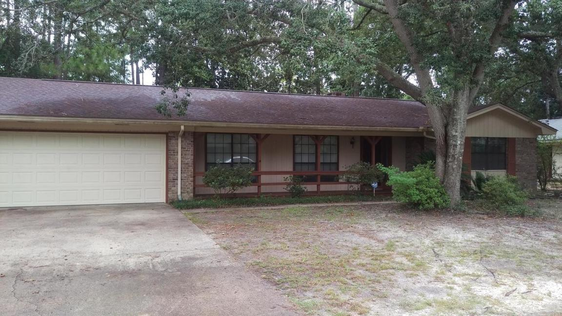 916 Rue De Palms, Niceville, FL, 32578: Photo 1