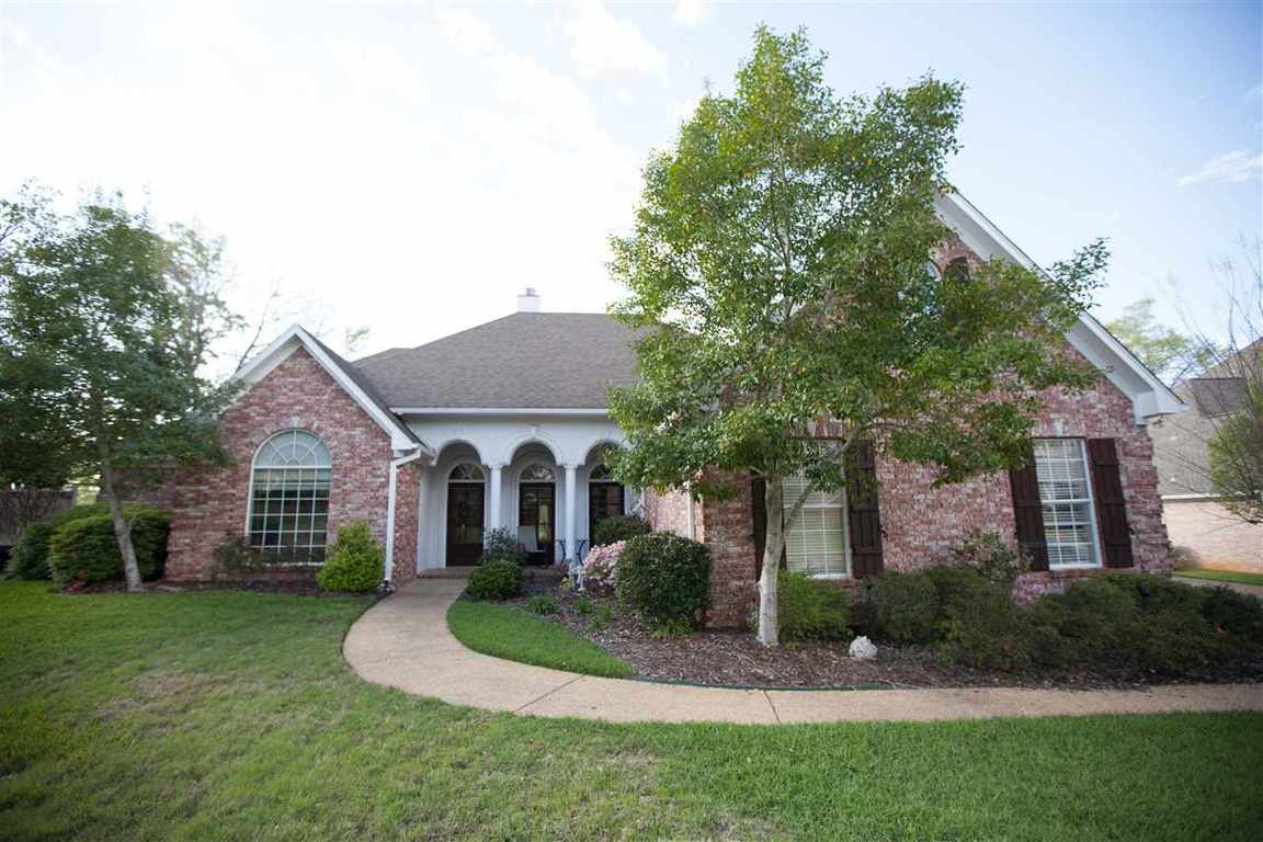 95 Woodlands Green Dr, Brandon, MS, 39047: Photo 1