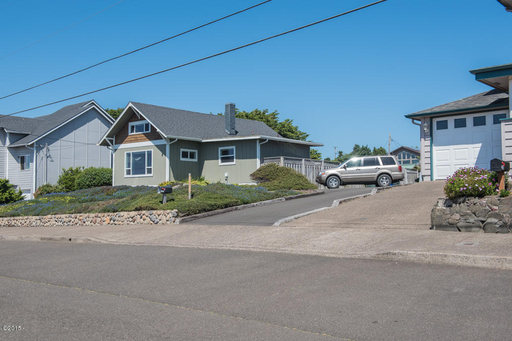 102 Nw High, Newport, OR, 97365: Photo 16