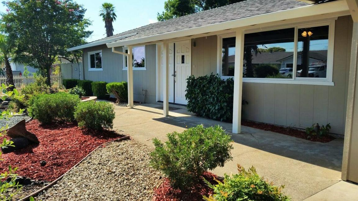 2878 Wilson Ave, Redding, CA, 96002: Photo 3