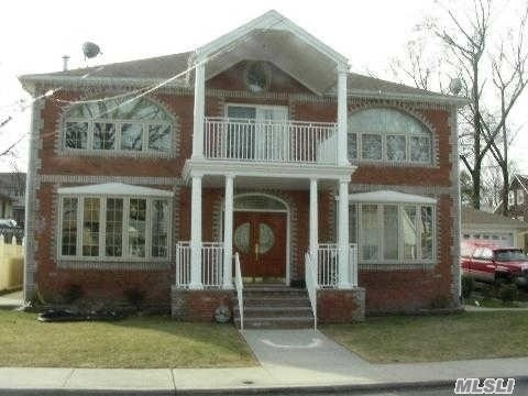 381 Marguerite Ave 2 S Floral Park NY For Rent 2500