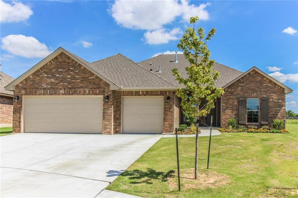 2505 langley court norman ok for sale 263 500 for Norman ok home builders