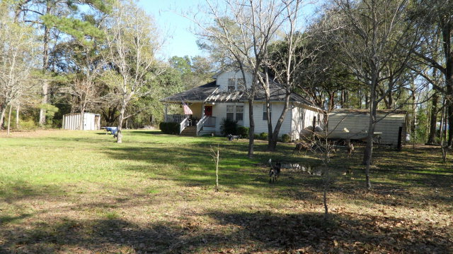 404 north 2nd street zavalla tx 75980 for sale