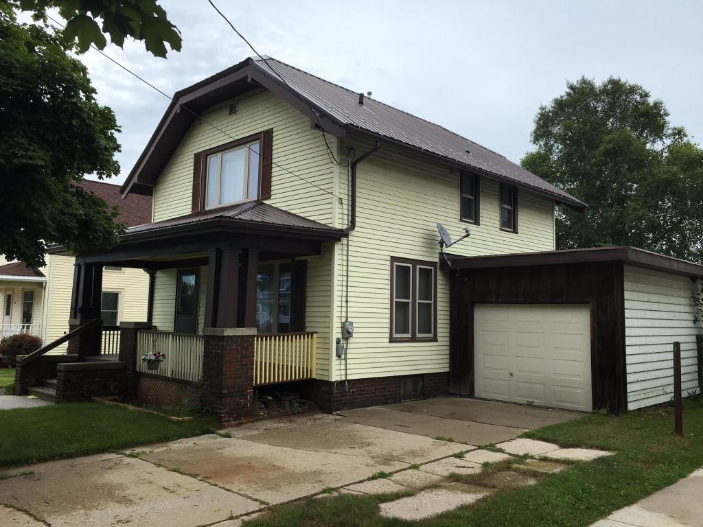 927 n 10th st manitowoc wi for sale 75 000 for Homes for 75000