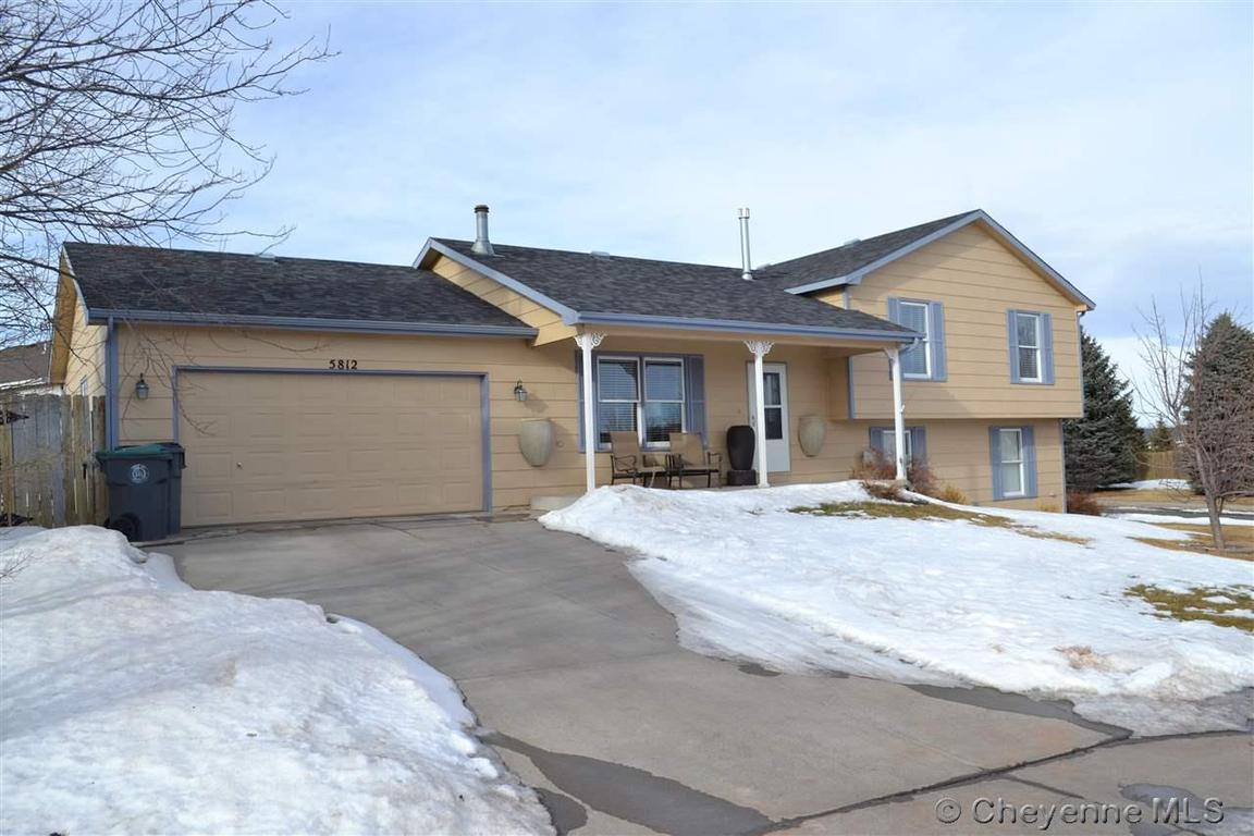 5812 canyon dr cheyenne wy 82009 for sale for Cheyenne houses