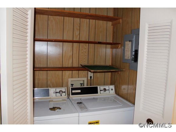 939 Brookside Camp Rd, Unit B-2, Hendersonville, NC, 28792 -- Homes For Sale