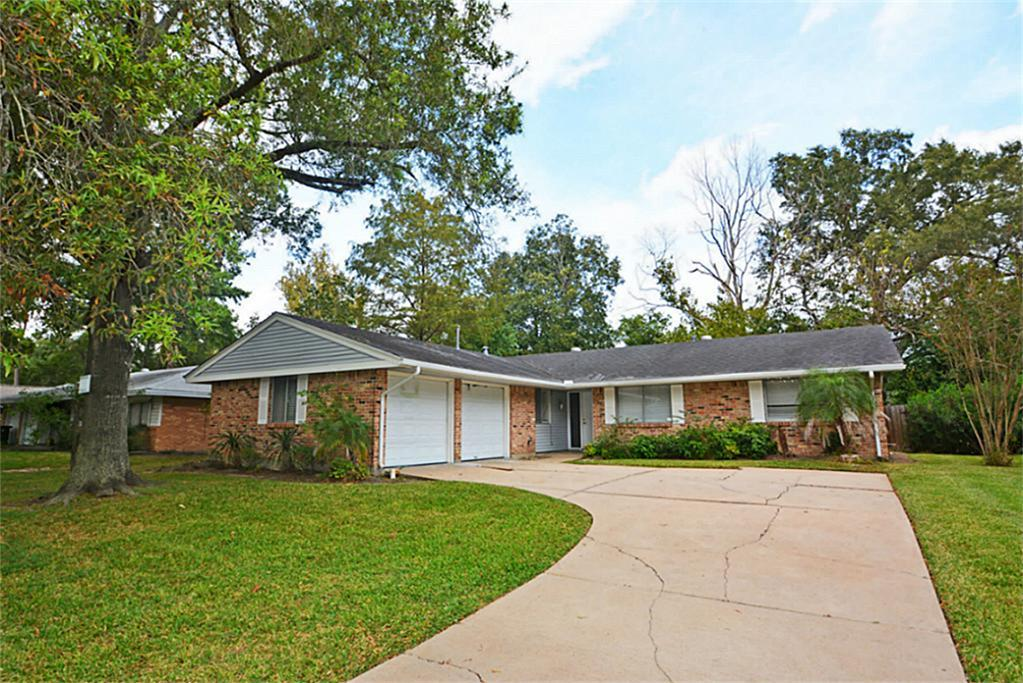 1911 Reseda Dr, Houston, TX, 77062 -- Homes For Sale