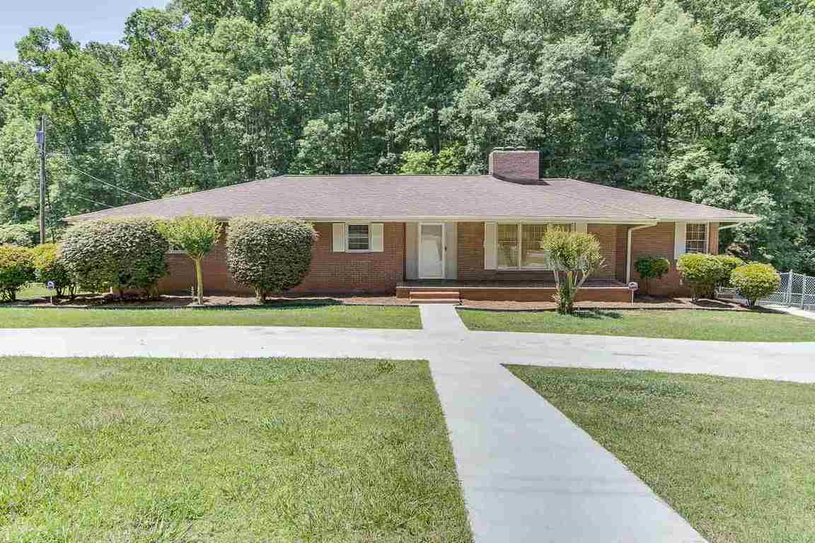 1122 cox road anderson sc for sale 304 999 for Home builders anderson sc