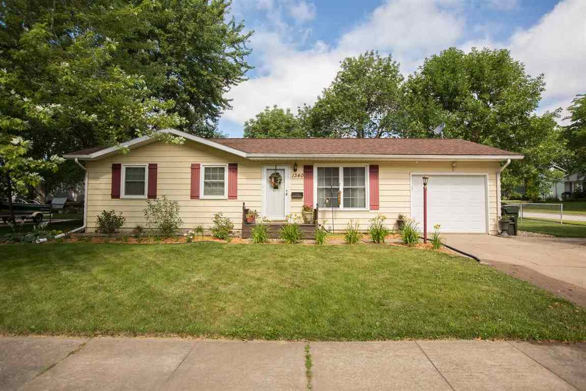 1340 Edgewood Waterloo Ia For Sale 129 900