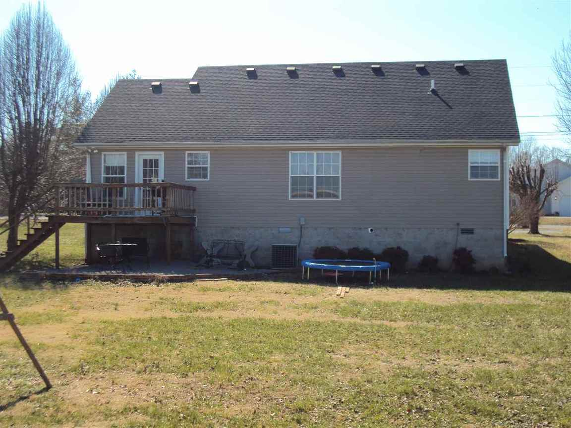 7324 bowling green rd scottsville ky 42164 for sale for Home builders bowling green ky
