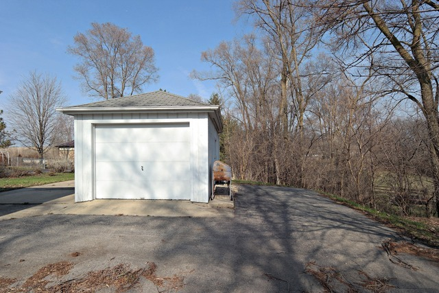 3516 Lily Pond Road, Woodstock, IL, 60098 -- Homes For Sale
