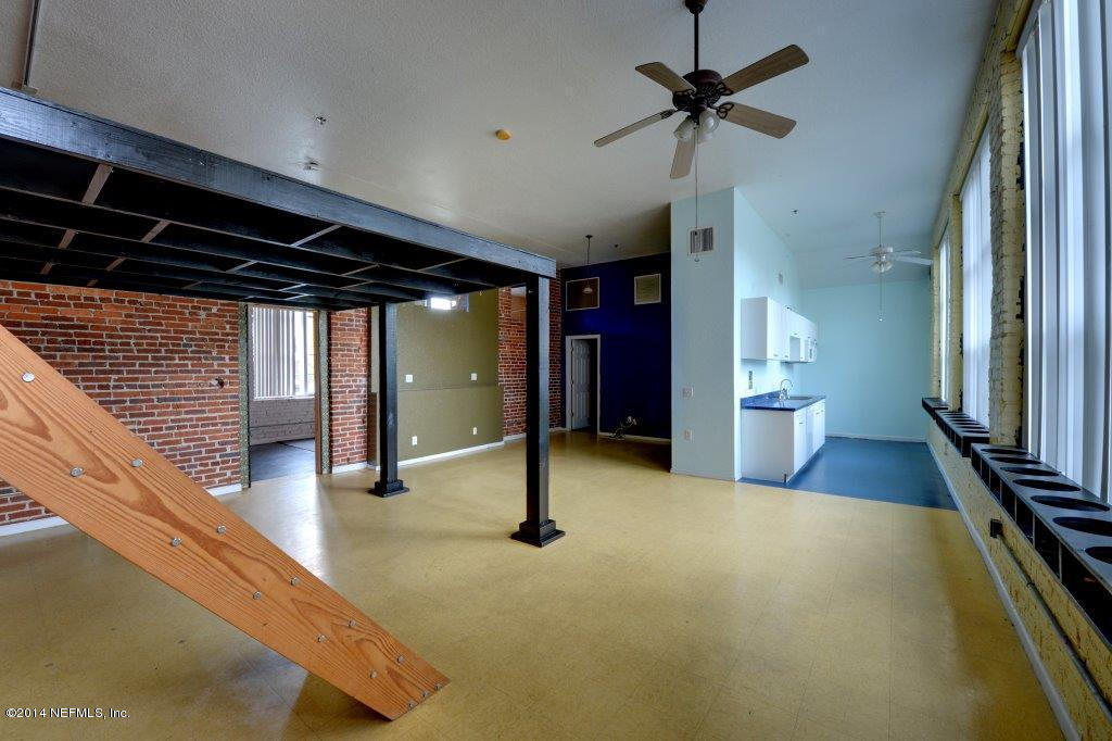 1951 North Market 8, Jacksonville, FL, 32206 -- Homes For Sale