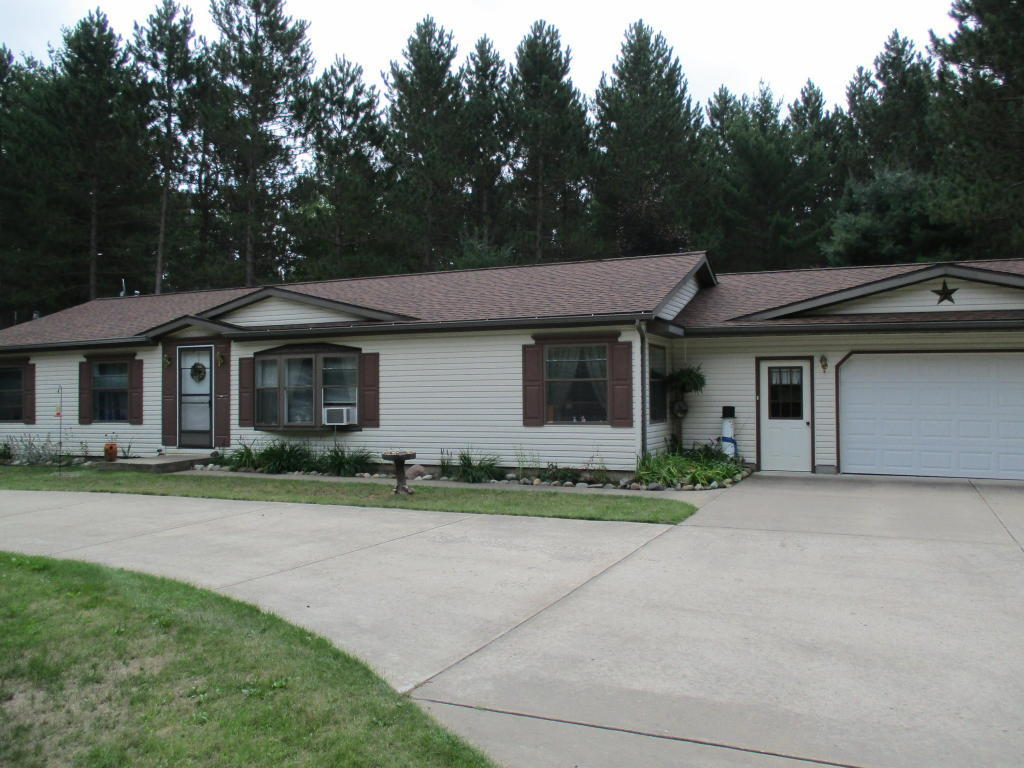 2969 palmer place grayling mi for sale 109 900 for Palmers homes