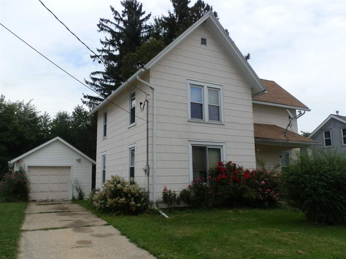 1618 highland ave janesville wi 53548 for sale