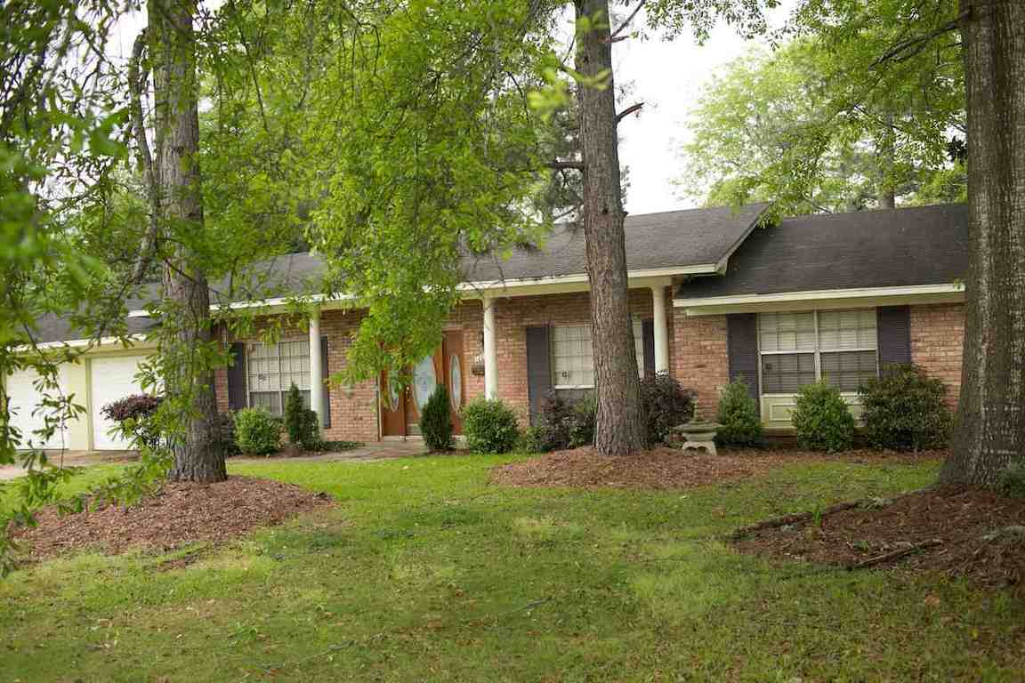 1209 Winnrose St Jackson Ms 39211 For Sale