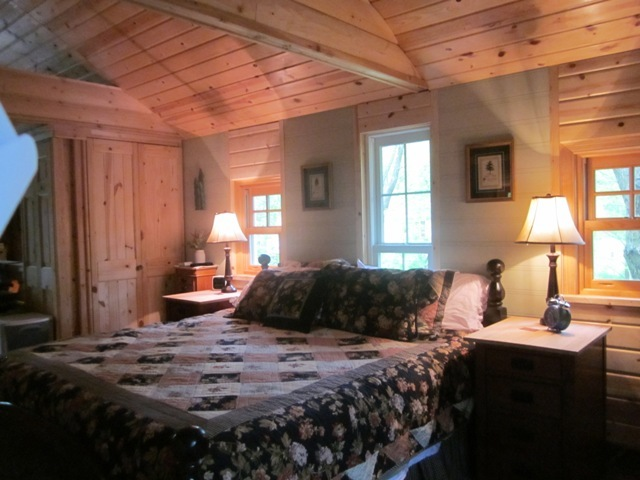 590 Pinery Rd, Hatley, WI, 54440: Photo 5