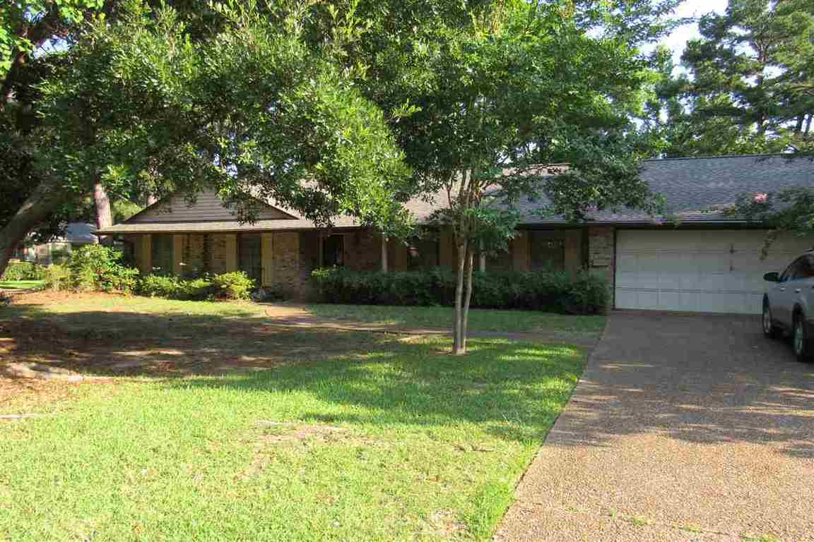 1526 plantation blvd jackson ms for sale 139 900 for Home builders jackson ms