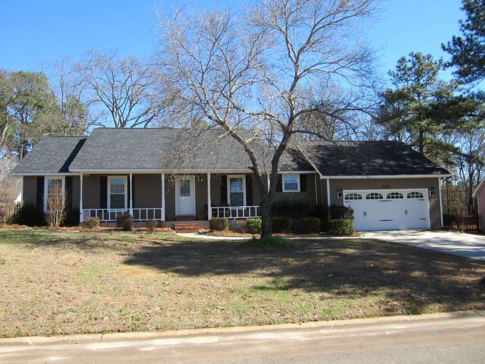 207 Bowen Warner Robins Ga 31088 For Sale