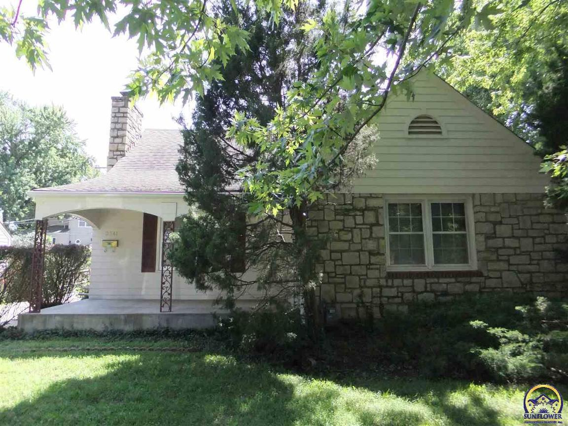 3541 Huntoon St Sw Topeka Ks For Sale 99 500