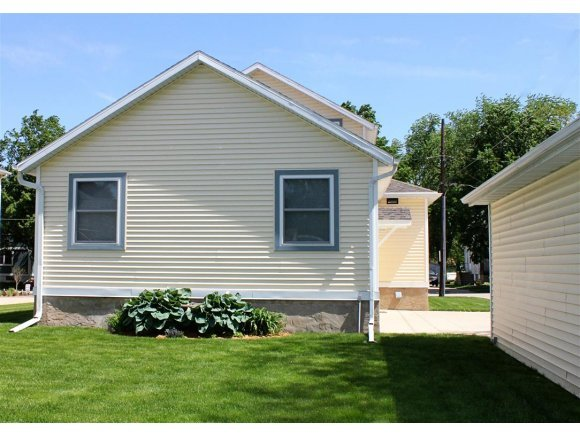 812 Crooks, Green Bay, WI, 54301 -- Homes For Sale