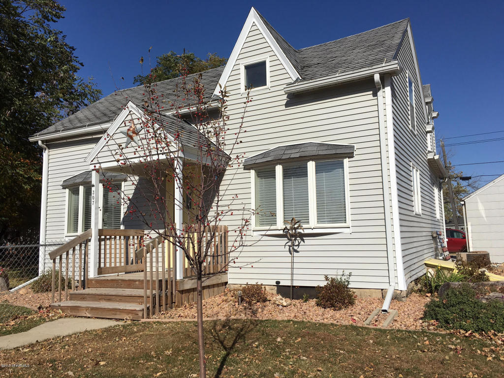 307 main street e le roy mn 55951 for sale