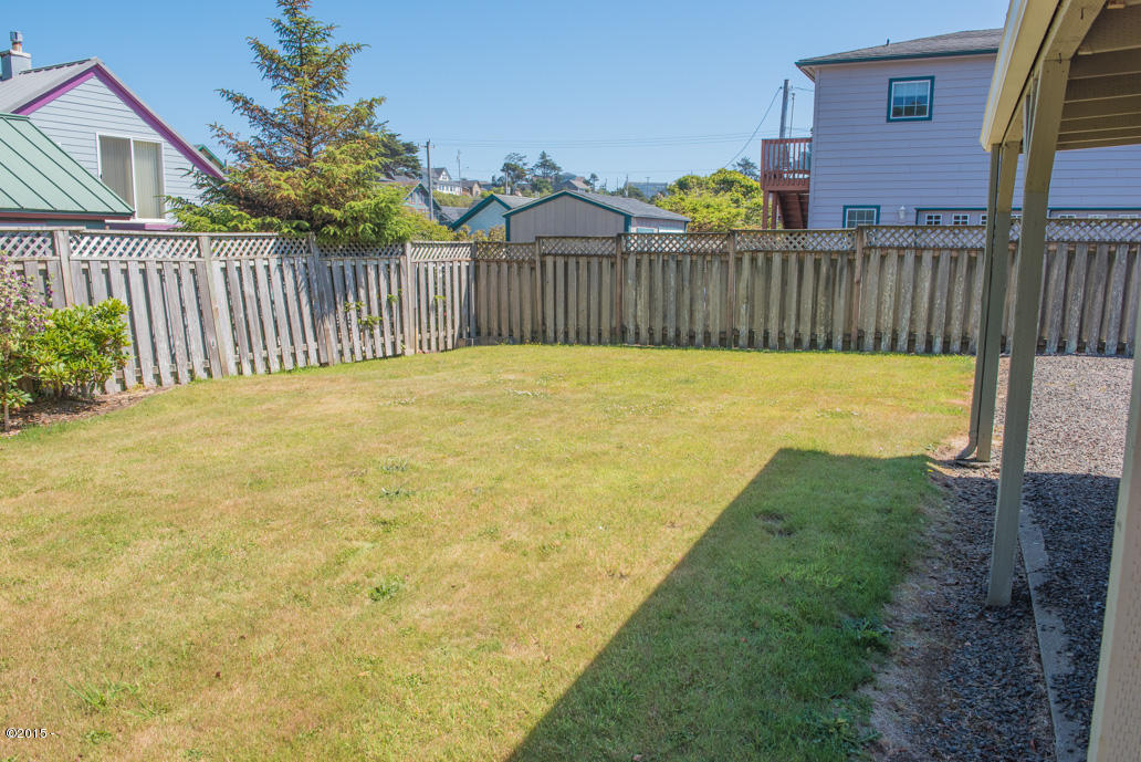 102 Nw High, Newport, OR, 97365: Photo 4