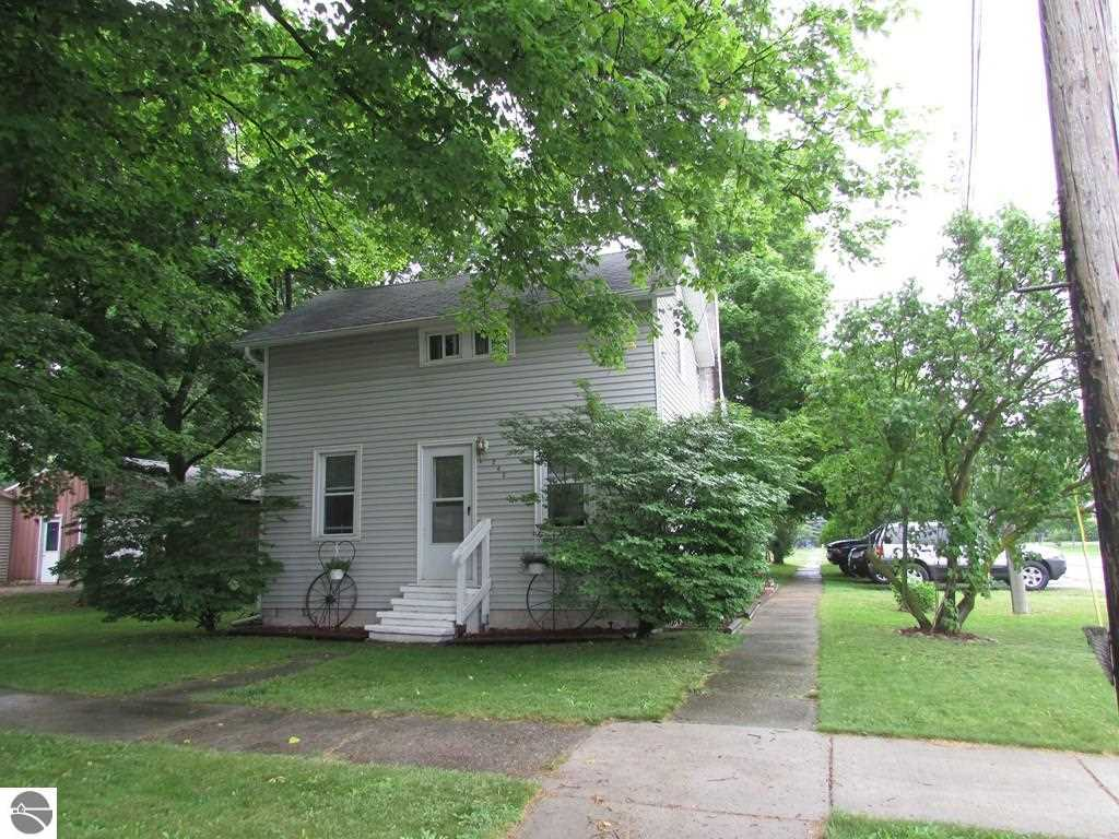 243 E Wright Avenue, Shepherd, MI, 48883 -- Homes For Sale