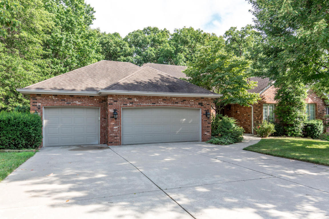 4302 east misty woods street springfield mo for sale for Home builders springfield mo