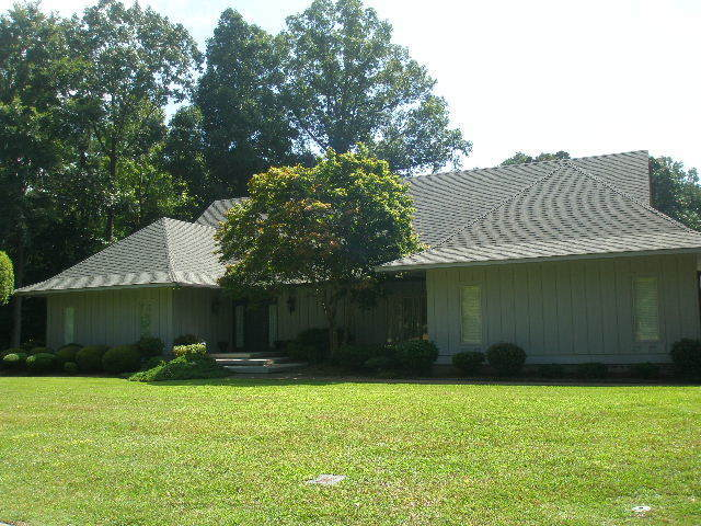 502 Brookgreen Drive, Lumberton, NC, 28358: Photo 1