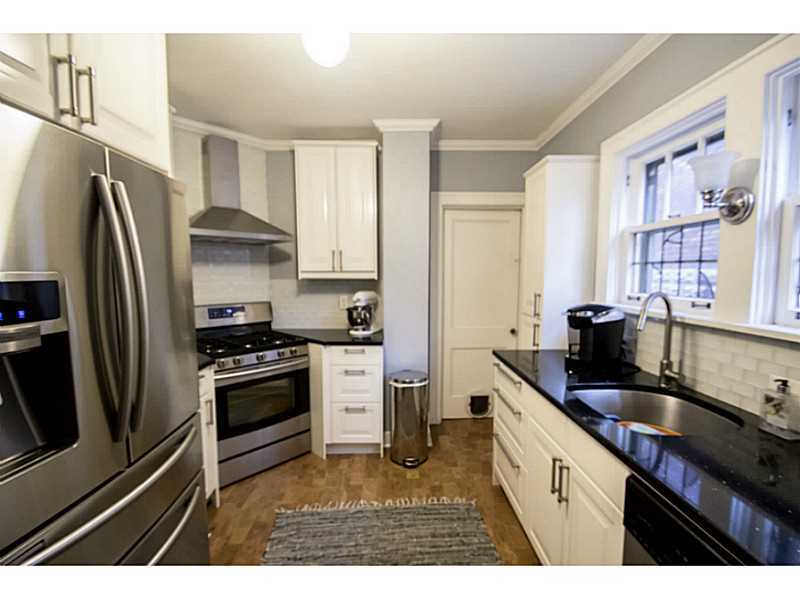 2844 Castlegate Ave, Pittsburgh, PA, 15226: Photo 4
