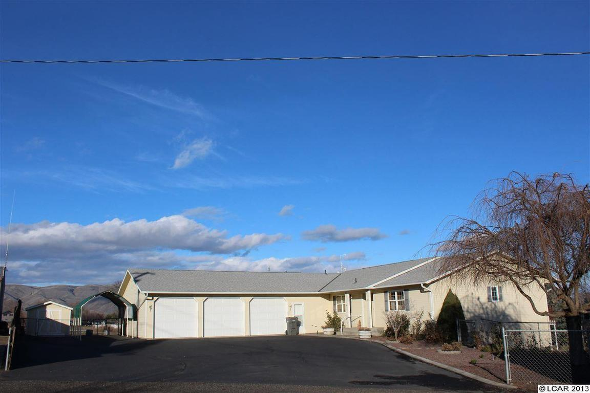 2827 olympic court clarkston wa for sale 310 000 for Olympic homes