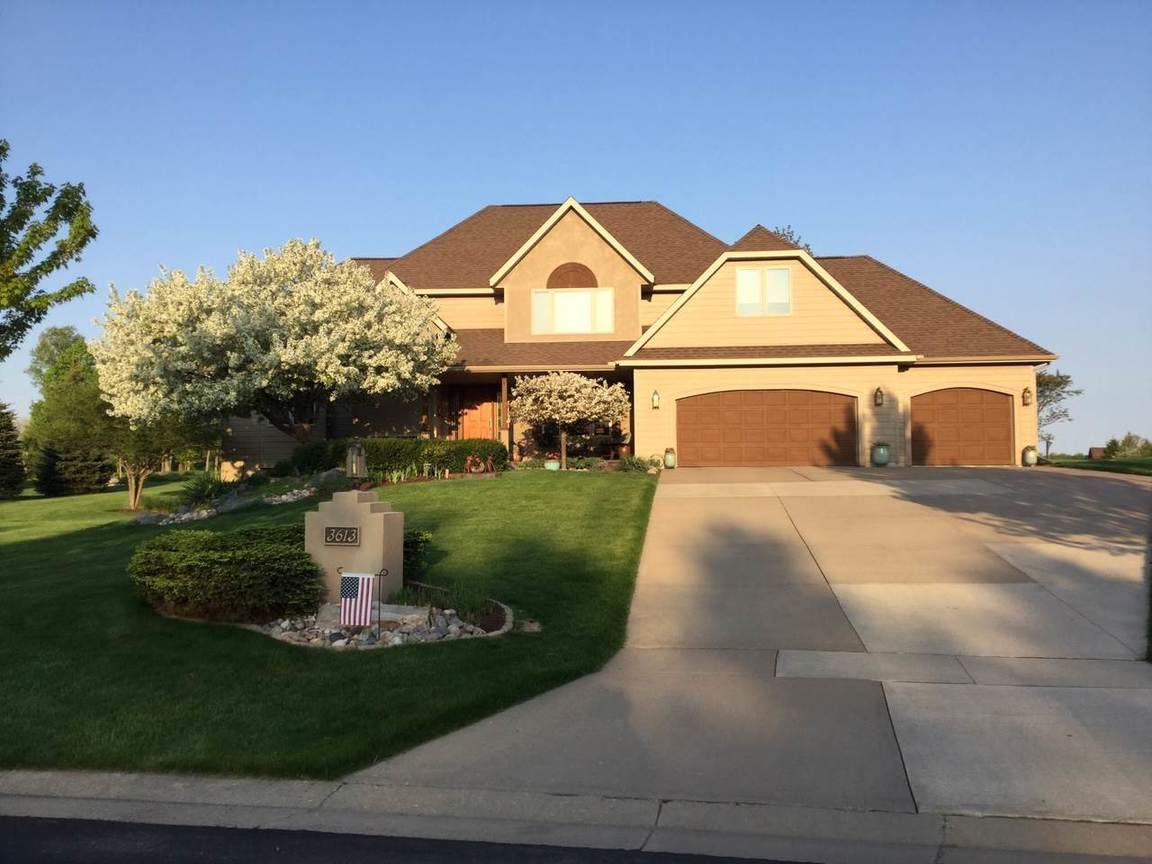 3613 Golf View Drive Wausau Wi For Sale 424 900