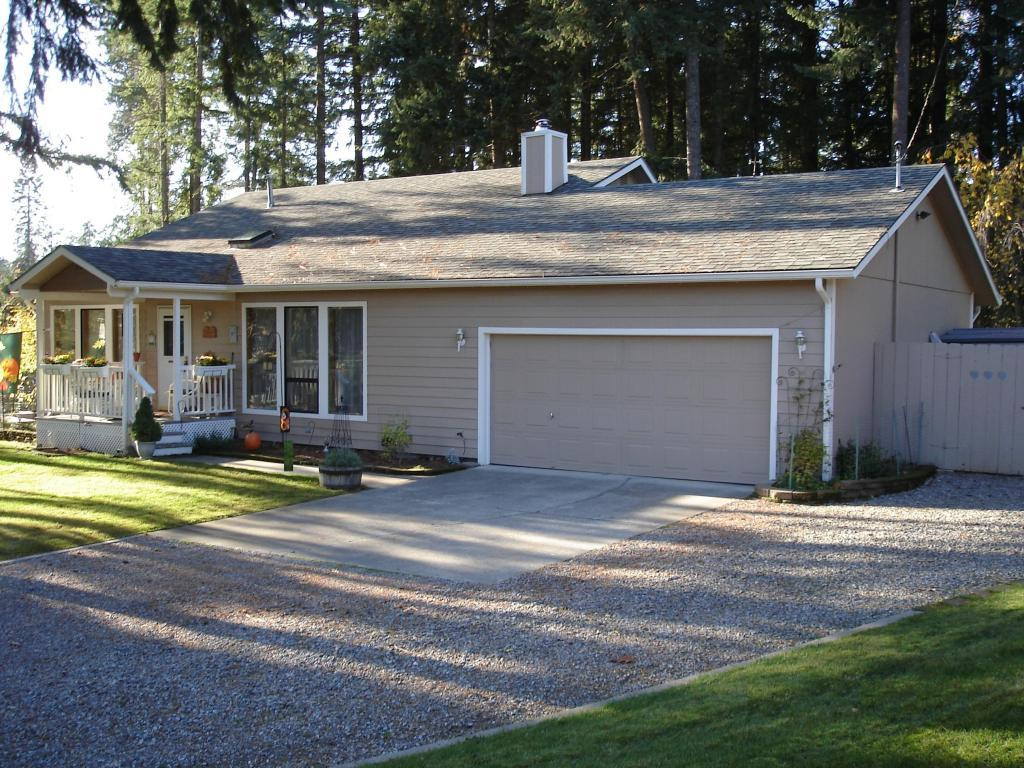 10849 N Lakeview Dr, Hayden, ID, 83835 -- Homes For Sale