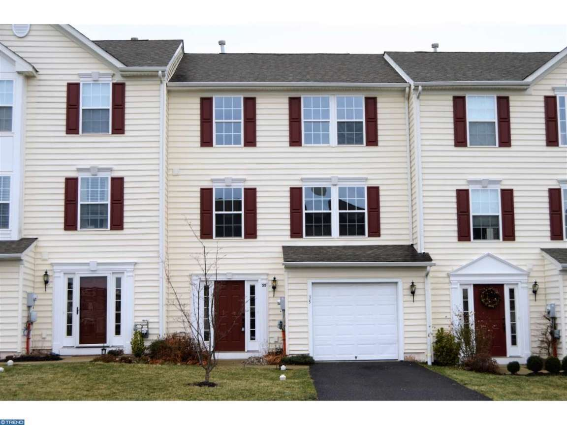 35 bayberry ln pottstown pa for sale 257 500