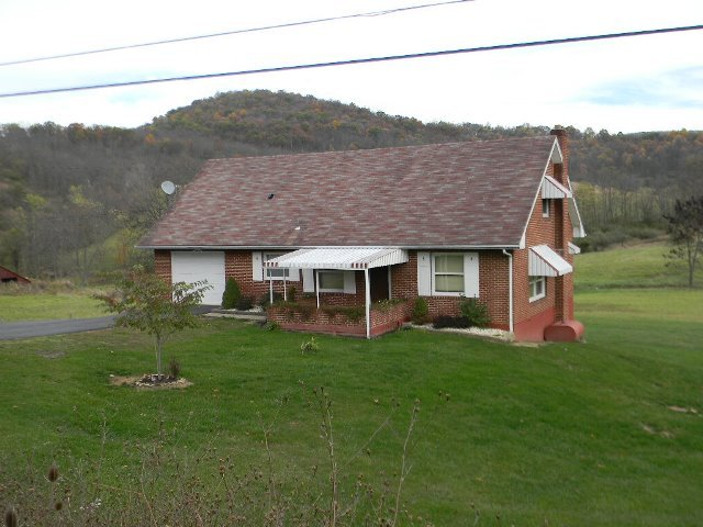 1064 Bedford Valley Road, Bedford, PA, 15522 -- Homes For Sale