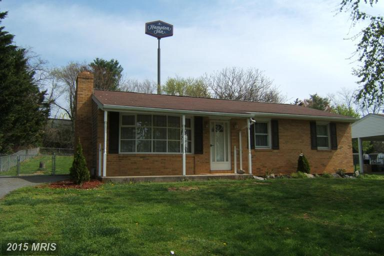 68 winston avenue inwood wv 25428 for sale for Dining room inwood wv