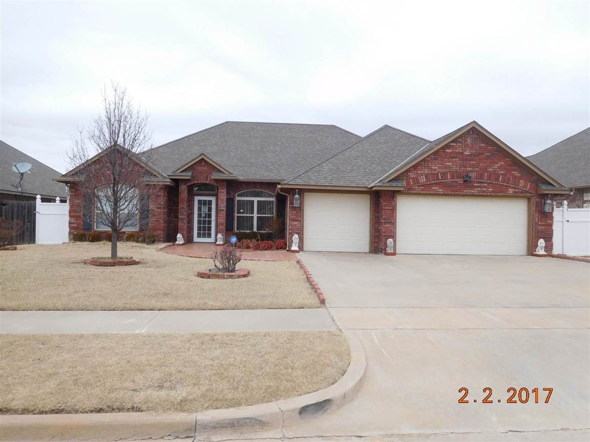 6725 Sw Angelwood Dr Lawton Ok For Sale 175 500