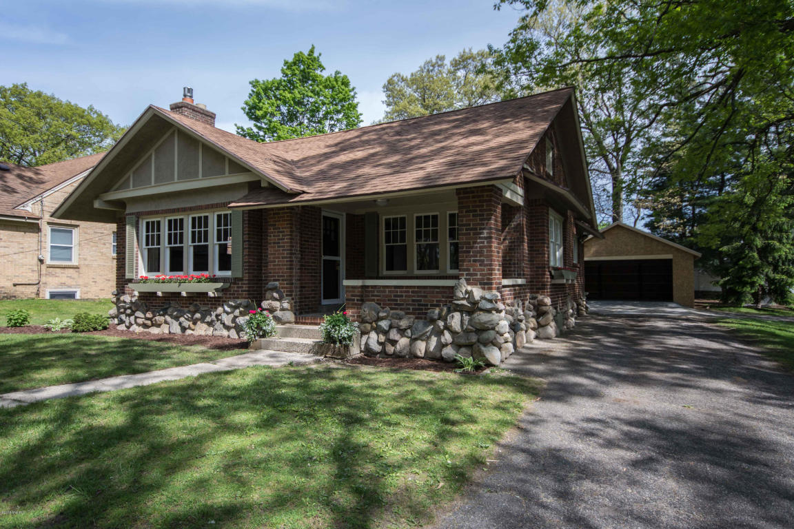 2225 thornwood sw wyoming mi 49519 for sale for Southwest michigan home builders