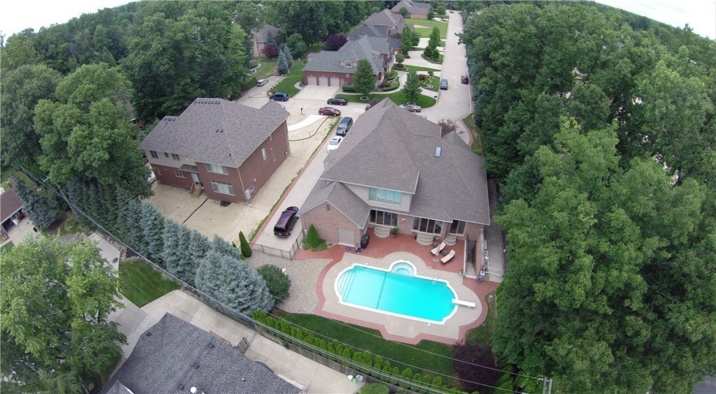 37340 Bellagio Court, Clinton, MI, 48036: Photo 47